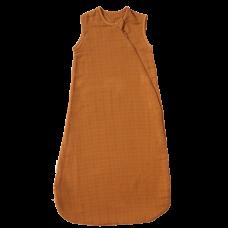 Sovepose, brun