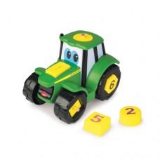 Johnny Tractor, Leg og lær